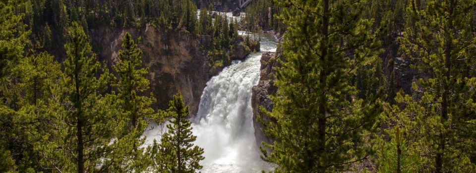 upper-yellowstone-falls